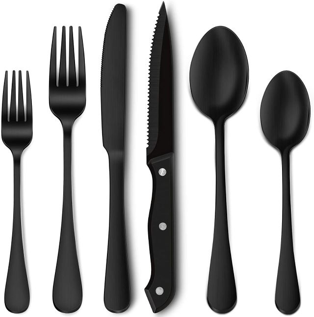 Hiware Matte Black Cutlery Set with Steak Knives